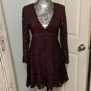 Kimchi Blue Urban Outfitters burgundy lace dress